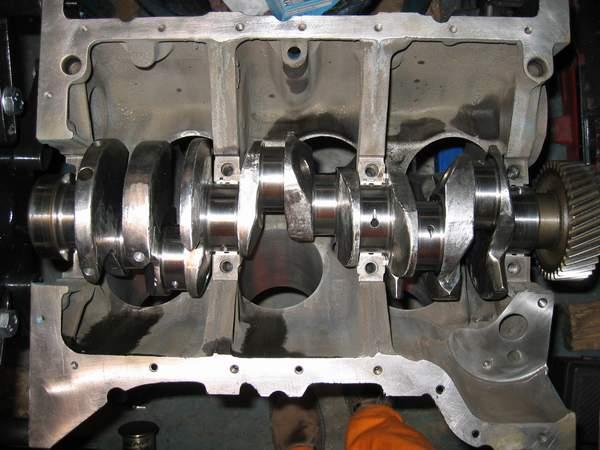 on V6 Engine Camshaft